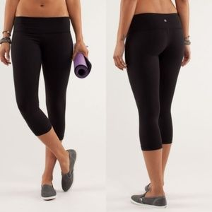 LULULEMON Wunder Under Crops Black {II54}